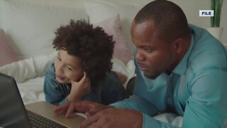 Parents hire tutors to help with virtual education