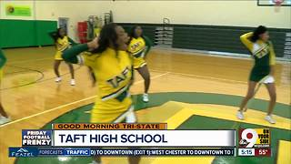 Taft High School cheerleaders prepare for football game vs. Aiken - Video