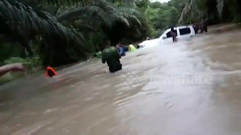 Hero Thai cave rescuer has to be saved after getting stranded in flood waters
