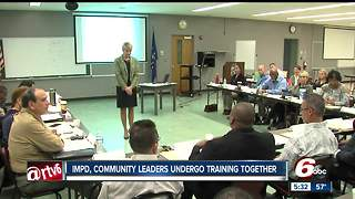 Indianapolis police, city leaders undergo training together - Video