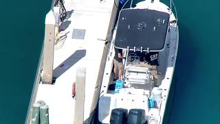 Customs investigates boat - Video
