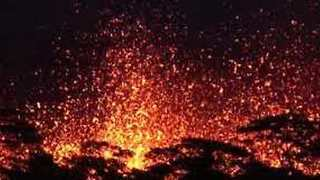 Breathtaking Night Video Of Massive Lava Fountains As Fissure 18 Erupts - Video