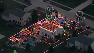 VIDEO: North Ridgeville home decked out in holiday lights that you can see from the sky - Video