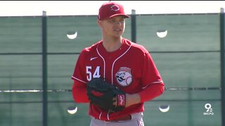Opening Day starter thinks Reds will be 'talk of the town'