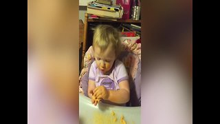 "Little Girl Sings ""Twinkle Twinkle"" for the First Time"