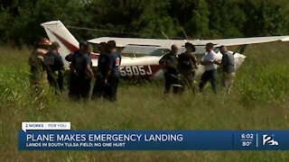 Plane makes emergency landing