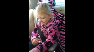 Surprised Girl Burst Into Tears Of Joy For New Kitten - Video