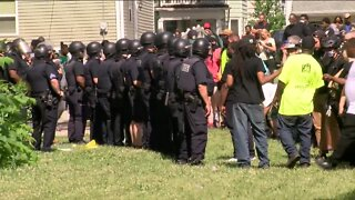 Milwaukee Office of Violence Prevention addresses efforts to deescalate tensions