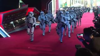 "Star Wars fans have a good feeling about ""The Force Awakens"" - Video"