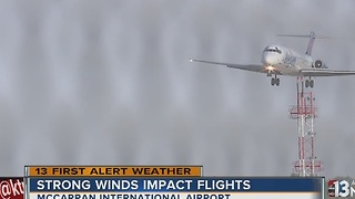 High winds affect flights at McCarran airport - Video