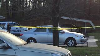 55-year-old man found dead in parking lot of Farmington Hills apartment complex - Video