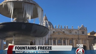 Vatican fountains freeze - Video