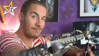 Tattoo Artist Without An Arm Now Has A Futuristic Way Of Doing His Job - Video