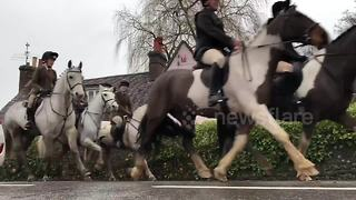 New Year's Day hunt underway in West Sussex town - Video