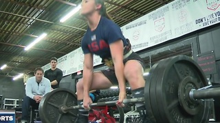 UWM freshman powerlifter already a world champion - Video