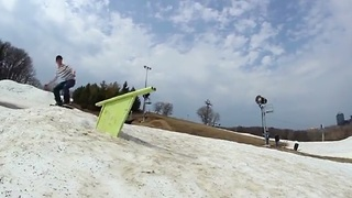 Extremely lucky snowboard wipeout? - Video