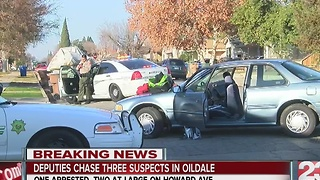 KCSO searching for two suspects after car chase - Video