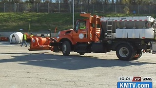 City officials prep for weekend ice storm - Video