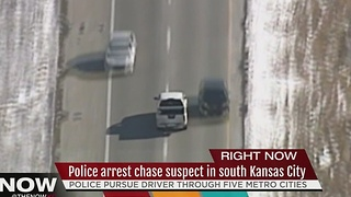 Man in custody after hour-long chase in KC metro - Video