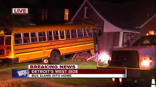 School bus crashes into home on Detroit's west side - Video