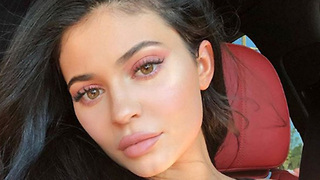 Travis Scott's SECRET To Making Kylie Jenner Feel Beautiful! - Video