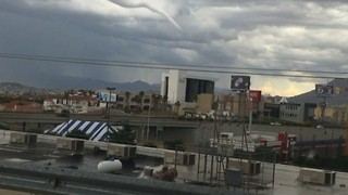 Huge Funnel Cloud Forms Over Chihuahua City - Video