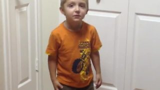 Little kid can't fathom baby cousin's age - Video
