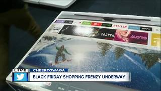 Black Friday Shopping at Best Buy - Video