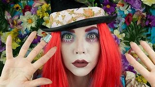 Makeup Artist Transforms Herself Into Mad Hatter - Video