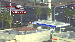 Police surround gas station, apartment complex near Flamingo, Durango - Video