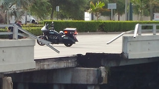 U.S. 1 bridge partially collapses in North Palm Beach - Video