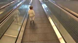 These Parents Found the Perfect Way to Make Their Baby Tired Before a Long Flight - Video