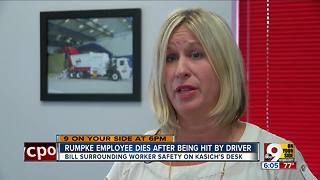Rumpke employee dies after being hit by driver - Video