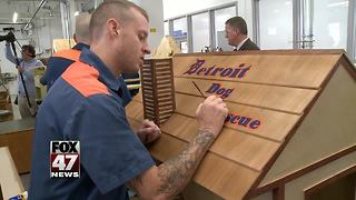 Governor tours job training program in Jackson prison - Video