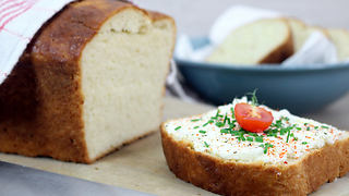 You Don't Have To Worry About Cleaning The Dishes Again With This Amazing Bread Recipe - Video