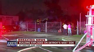 Home of Street Royalty Motorcycle Club in Detroit explodes - Video