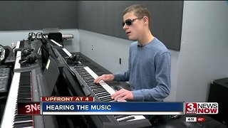 Omaha teen masters music without sight - Video