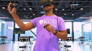 Medical schools turn to virtual reality amid pandemic
