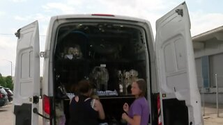 Rescue Gang Welcomes 43 Dogs From Texas