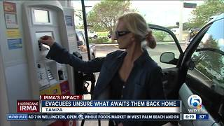 Many residents returning from Florida's west coast after Hurricane Irma - Video