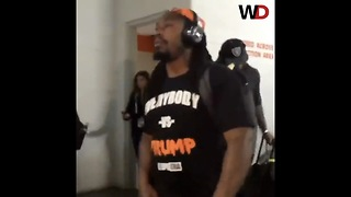 "Raiders Player Wears Everybody vs Trump"" T-Shirt To Sunday's Game - Video"