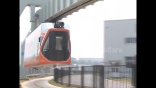 Chinese city tests new skytrain - Video