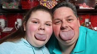 Guinness World Record: Father and Daughter Have World's Widest Tongues - Video
