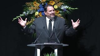 Pastor Mark Petty delivers closing remarks at funeral of Deputy Chief James Waters - Video