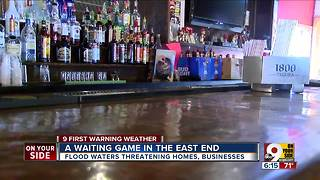 Ohio River floodwaters threaten businesses, homes - Video