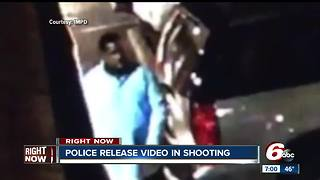 Police ask for help identifying shooting suspect in shooting at Indy bar - Video