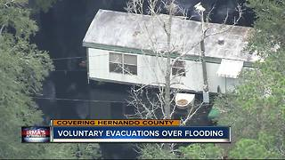 Flood water rises near Withlacoochee River, residents told to evacuate - Video