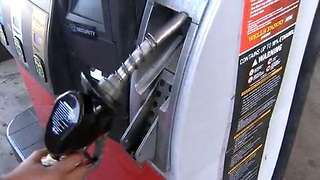 Is detergent gas better for your car? - Video