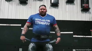 """""""The Mountain"""" Deadlifts 1,000 Lbs - Video"""