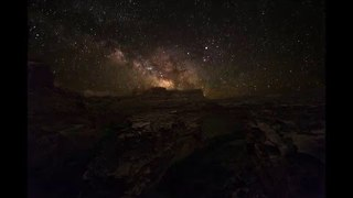 Timelapse From Moab, Utah Shows the Milky Way - Video